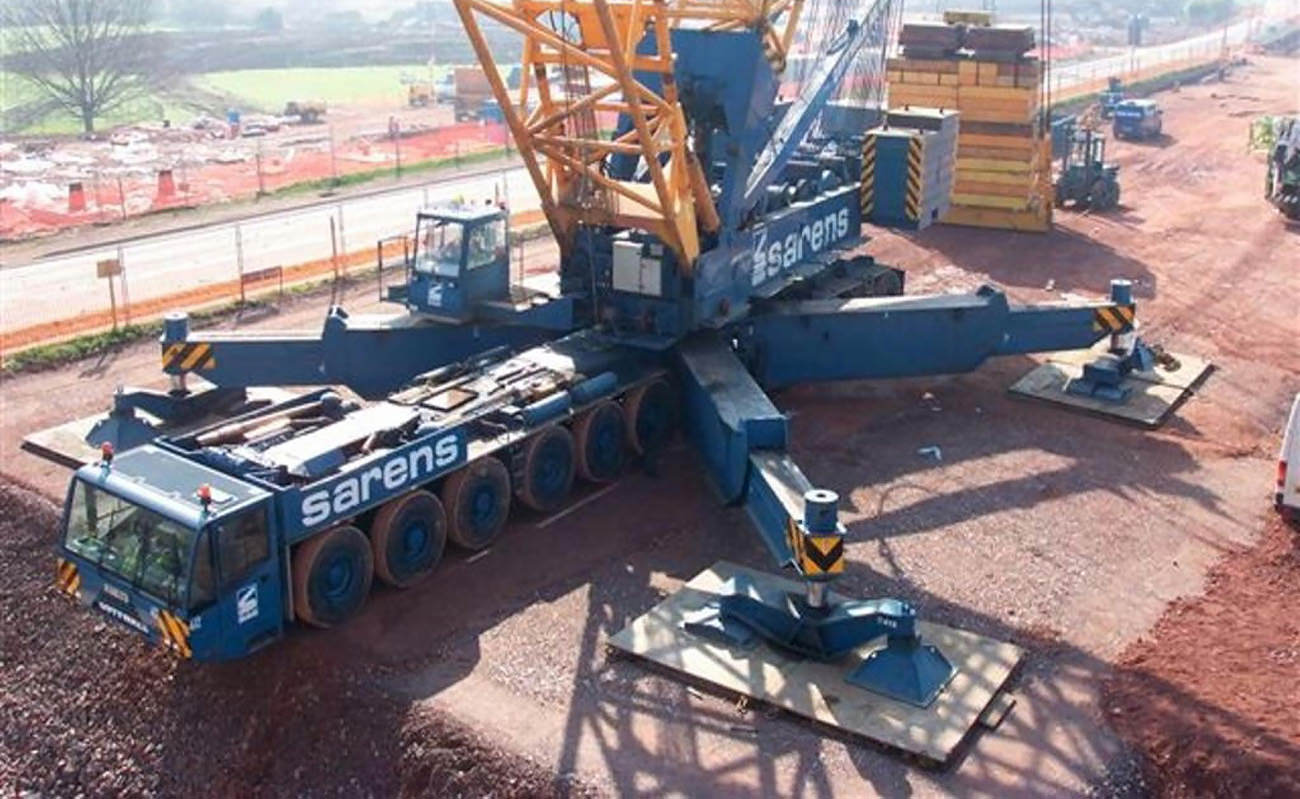 large crane operating on a stable working platform